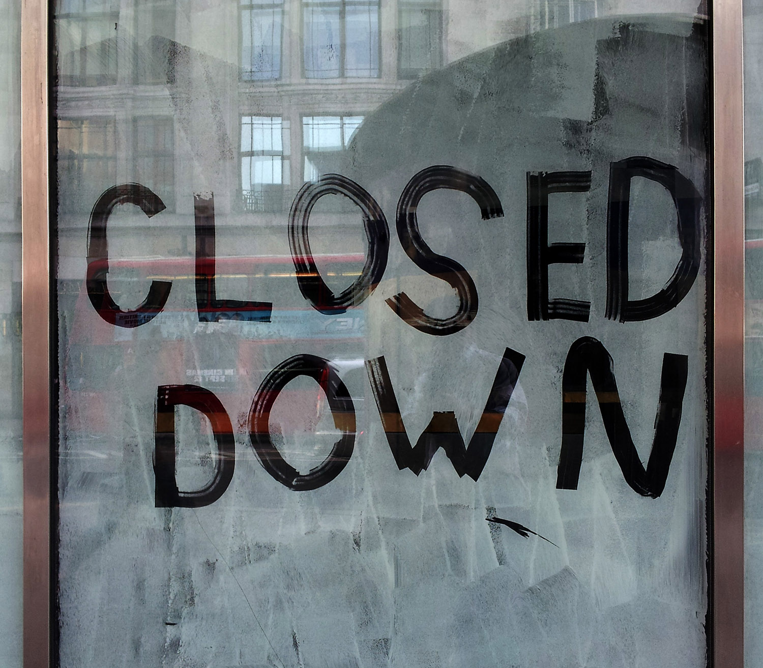 pub closed sign